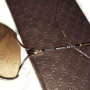 Gucci Accessories - Gucci Aviator Style Sunglasses